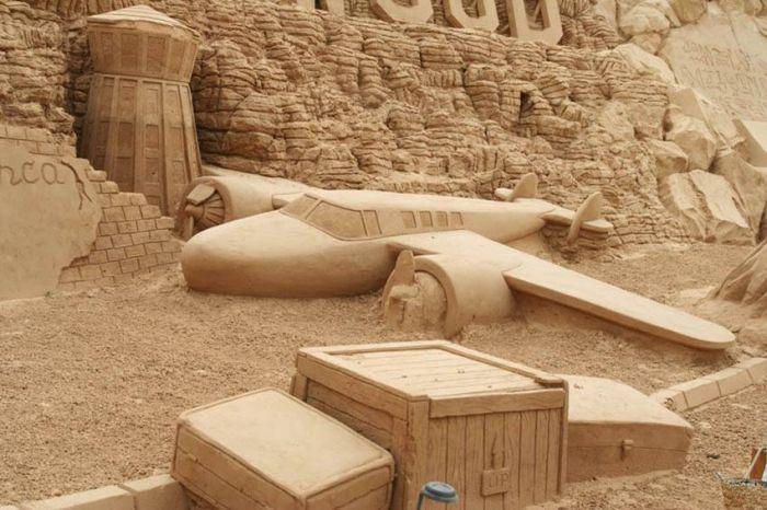 Скульптуры из песка : Статьи : Журнал о рекламе, дизайне, кино и фотографии