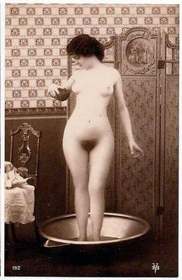 Эротическое старинное фото